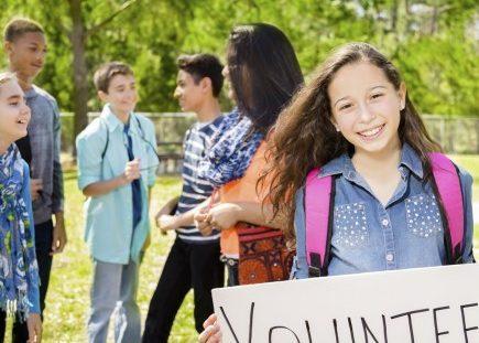 benefits-of-volunteering-435x435